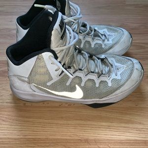 Nike Basketball Shoes Black White Mens Size 9